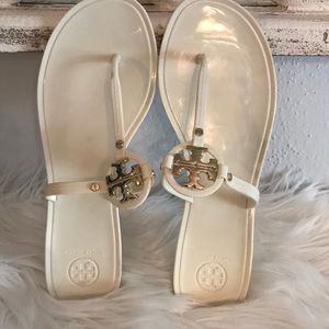 EXCEL CON TORY BURCH MINI MILLER JELLY WHITE SZ 10